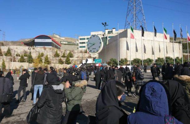 حواشی دومین روز تجمع دانشجویان دانشگاه آزاد
