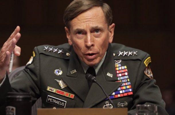 """""""عراق را در افغانستان تکرار نکنید"""" به قلم دیوید پترائوس"""