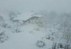اکیپهای امدادی کمک به گیلان در برف ماندهاند/ بحران زدگی همیشگی مدیریت بحران!