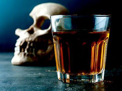 دستگیری ۳ عامل تهیه و توزیع الکل مسموم در اهواز