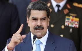رونمایی مادورو از خط تولید پهپاد و هواپیماهای ساخت داخل