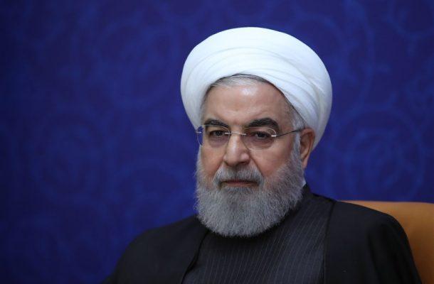 روحانی: توانستیم درآمدها و هزینهها را مدیریت کنیم