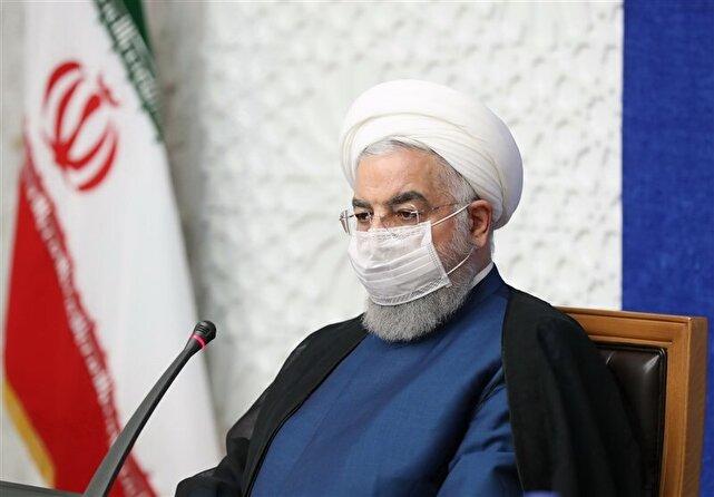روحانی در جلسه ستاد مقابله با کرونا: رعایت دستورالعملهای بهداشتی باید به ۹۰ درصد برسد/ کشورهای همسایه هم گرفتار موج جدید کرونا شدهاند