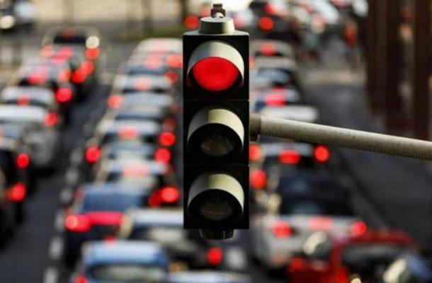شمارش معکوس برای وداع با خیابان بهشت/ وقتی پایتخت بر روی پاشنه خودروها میچرخد